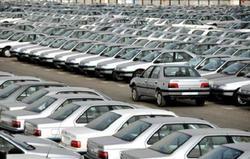 قیمت خودرو در سراشیبی سقوط/ دلالان هم فروشنده شدند!