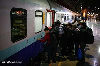باشگاه خبرنگاران -اعزام اولین گروه زائرین اربعین از راه آهن تهران