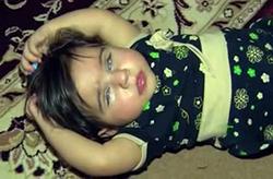 عمل 700 میلیون تومانی مانعی برای بینا شدن/ کودک رامهرمزی نیازمند کمکهای مردمی + فیلم