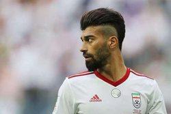 عکس رامین رضائیان در تیم فوتبال بانوان
