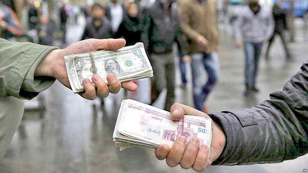 عرضه و تقاضا در بازار ثانویه همچنان بدون تعادل/چرا صادرکنندگان به فروش ارز در بازار آزاد تمایل دارند؟