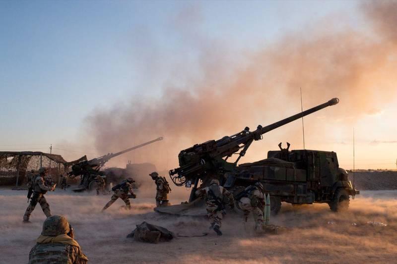 حملات سنگین شبه نظامیان کُرد برای تصرف آخرین پایگاه داعش + نقشه میدانی و تصاویر