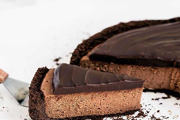 طرز تهیه چیز کیک شکلاتی بدون فر و با فر