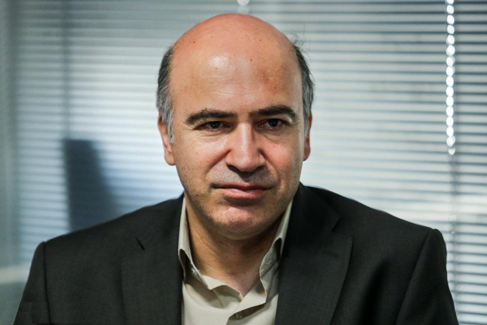 حضور محمد علی بهمنی در دفتر موسیقی / امکان بازگشت این شاعر به دفتر ریاست شعر