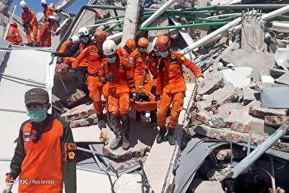 تلفات زمینلرزه و سونامی در اندونزی