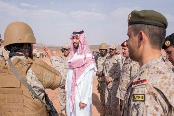 عربستان به تکاپو افتاد/ بازدید سرزده محمد بن سلمان از مرزهای جنوبی عربستان