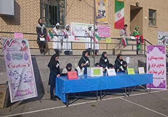 باشگاه خبرنگاران - برگزاری انتخابات شوراهای دانش آموزی در مهاباد
