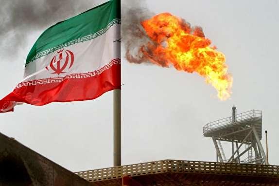 عقبنشینی آمریکا از صفر کردن صادرات نفت ایران/ ۸ کشور از تحریمهای نفتی معاف میشوند