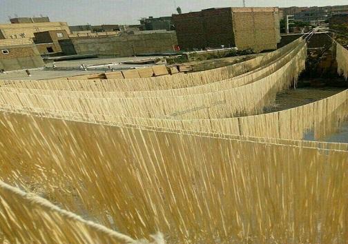 بوی رشته محلی درکوچه پس کوچههای شهرستان هوراند/ اَریشته نام یکی از غذاهای محلی درآذربایجان شرقی