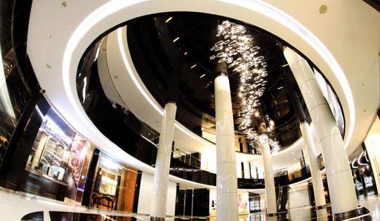 قیمتهای نجومی در پاساژهای لاکچری پایتخت؛شلوارجین ۴ میلیون تومان! + تصاویر