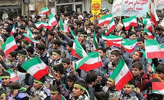 باشگاه خبرنگاران - راهپیمایی ۱۳ آبان دراستان کردستان برگزار شد