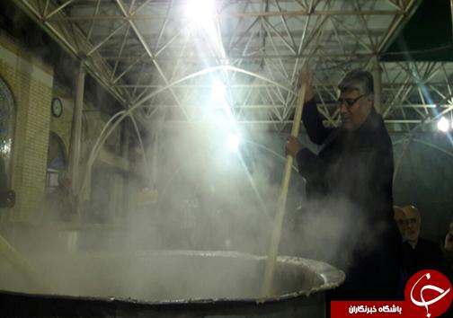 حضور مسئولان فارس در مراسم پخت آش نذری شیراز + تصاویر