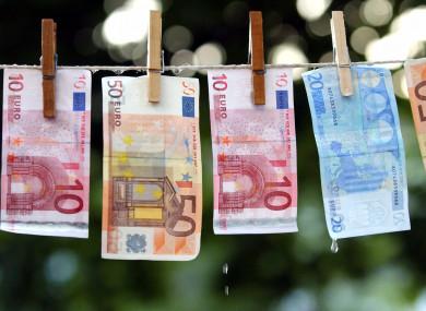پولشویی چیست و چگونه میتوان بر آن غلبه کرد؟