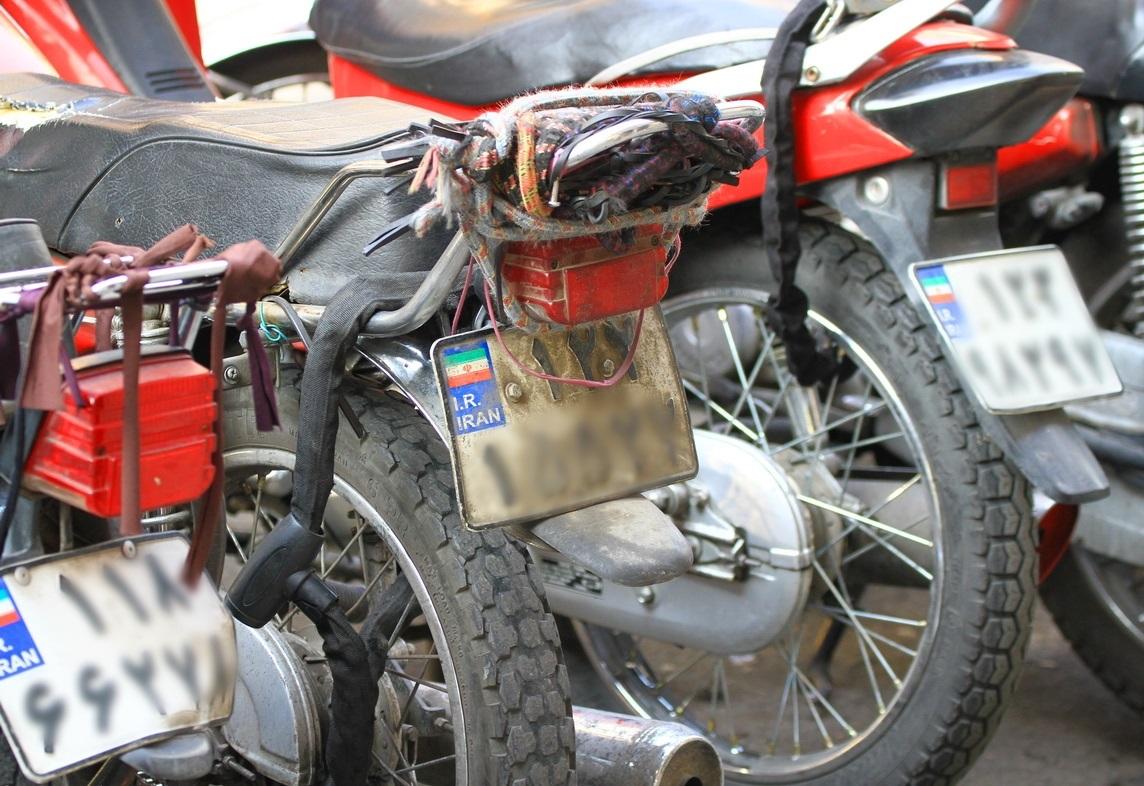 پارکینگ موتورسیکلت بازار روز برازجان راهاندازی شد