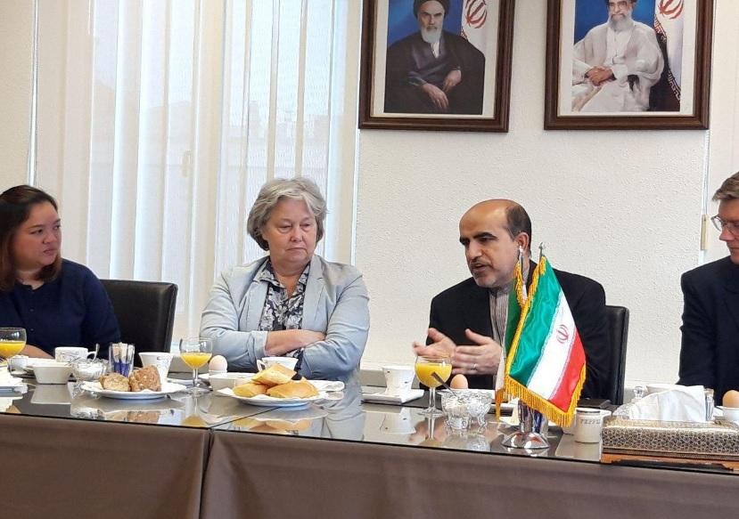 کسانی که هنوز با زبان تحریم با مردم ایران سخن می گویند، به اهداف خود نخواهند رسید