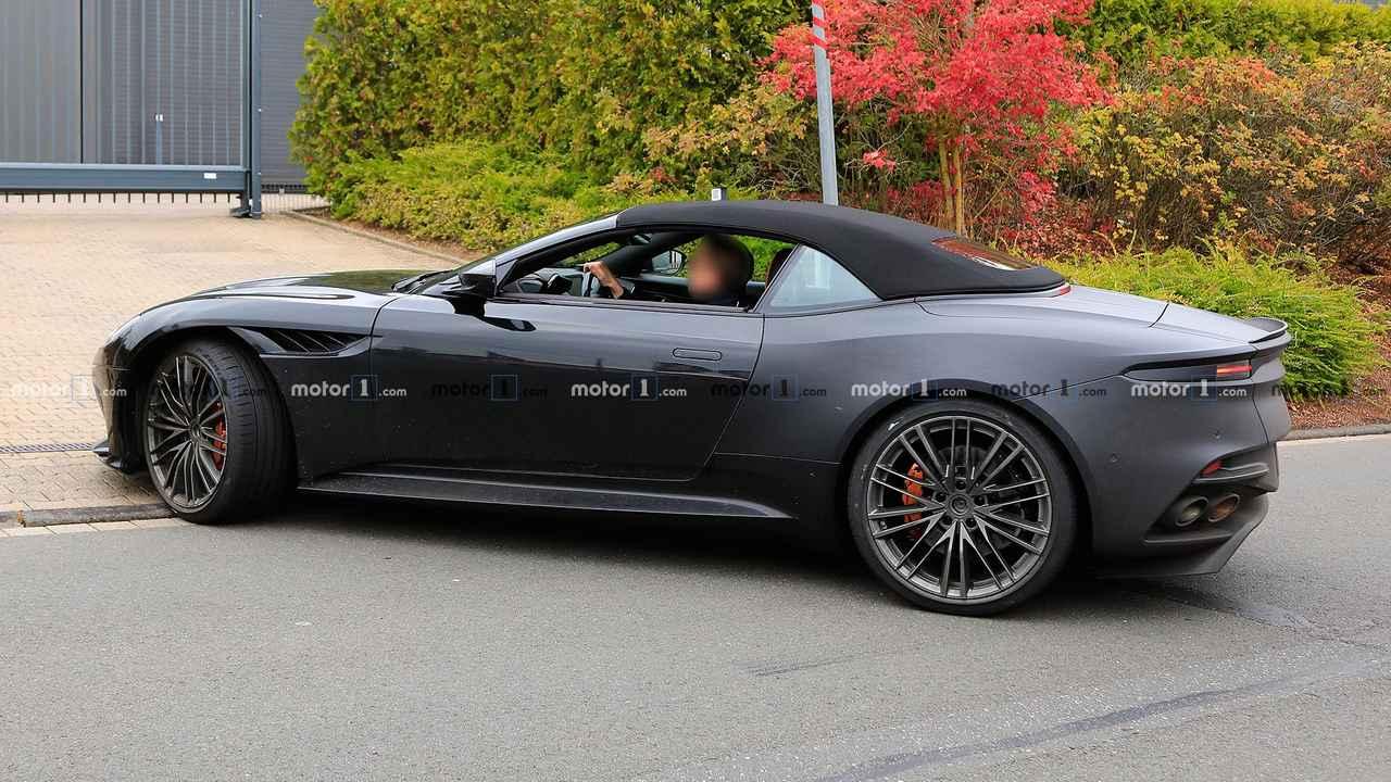 پلنگ سیاه؛ اتومبیل سوپراسپورت Aston Martin DBS را ببینید+تصاویر