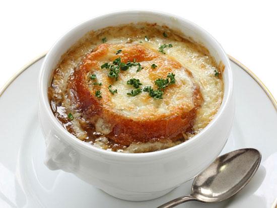سوپ پیاز فرانسوی + دستور تهیه