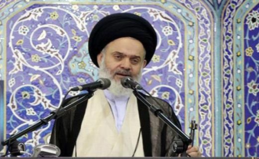 مسئولین باید به ظرفیتهای داخلی توجه نمایند/ایران هیچ گاه در مقابل آمریکا کوتاه نمیآید