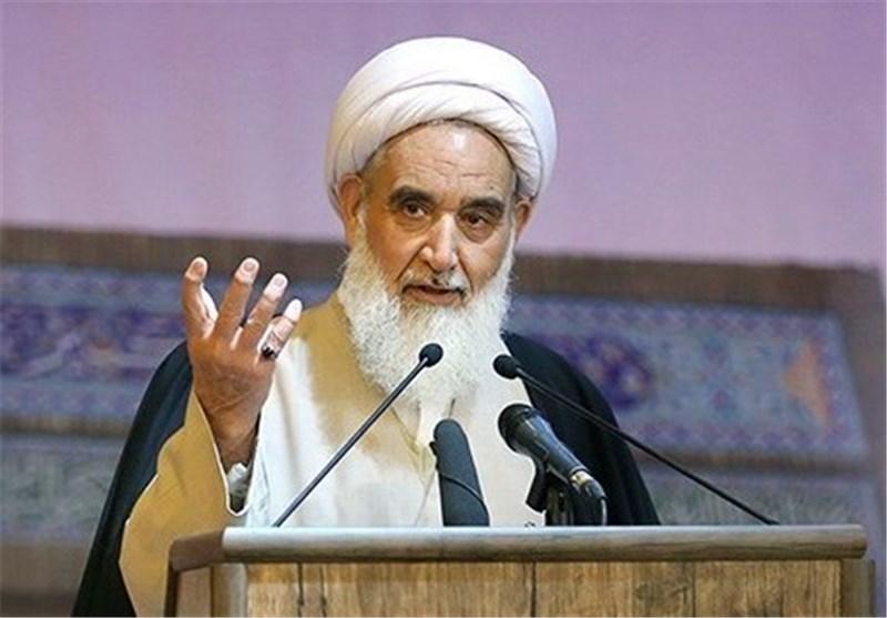 مقاومت و ایستادگی ملت ایران رمز موفقیت در مقابل استکبار جهانی است
