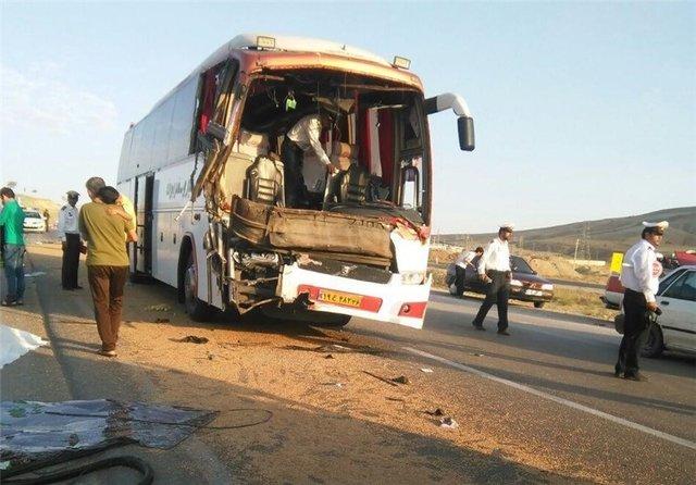 ۲ کشته و ۲۱ مجروح در پی تصادفات جادهای بامداد امروز در کشور