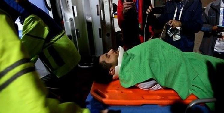 بازیکن ذوبآهن اصفهان به بیمارستان منتقل شد+ عکس