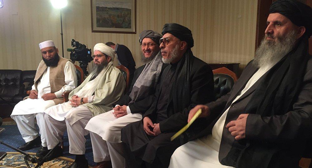 طالبان: با آمریکا درباره خروج از افغانستان مذاکره می کنیم