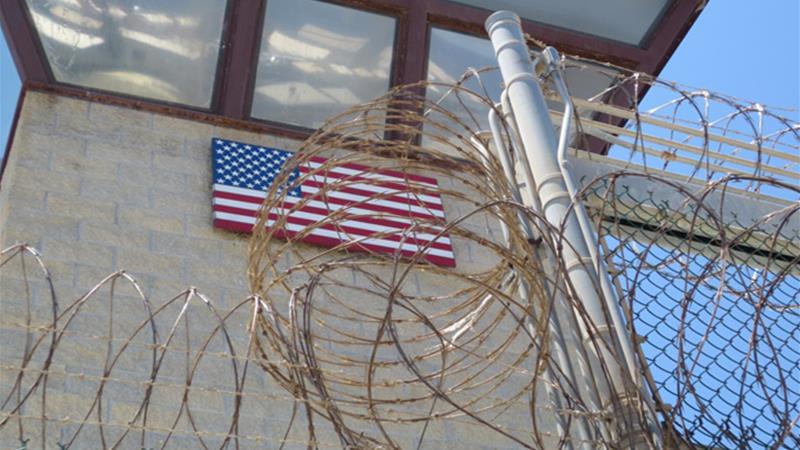 گشتی درون زندان های مخوف آمریکا/از کار به شیوه برده داری تا
