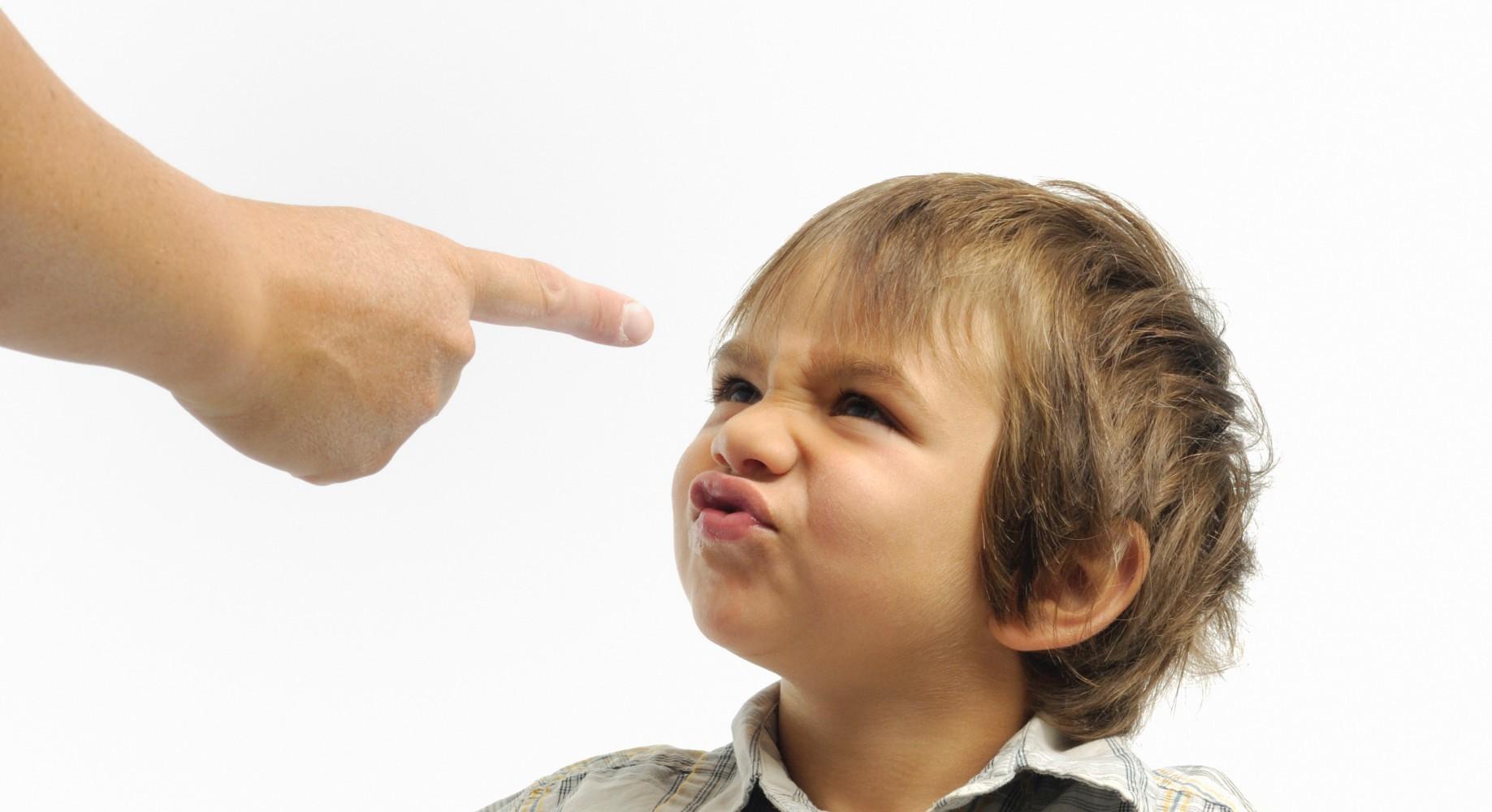 راهکارهای اصلاح رفتارهای بد کودکان