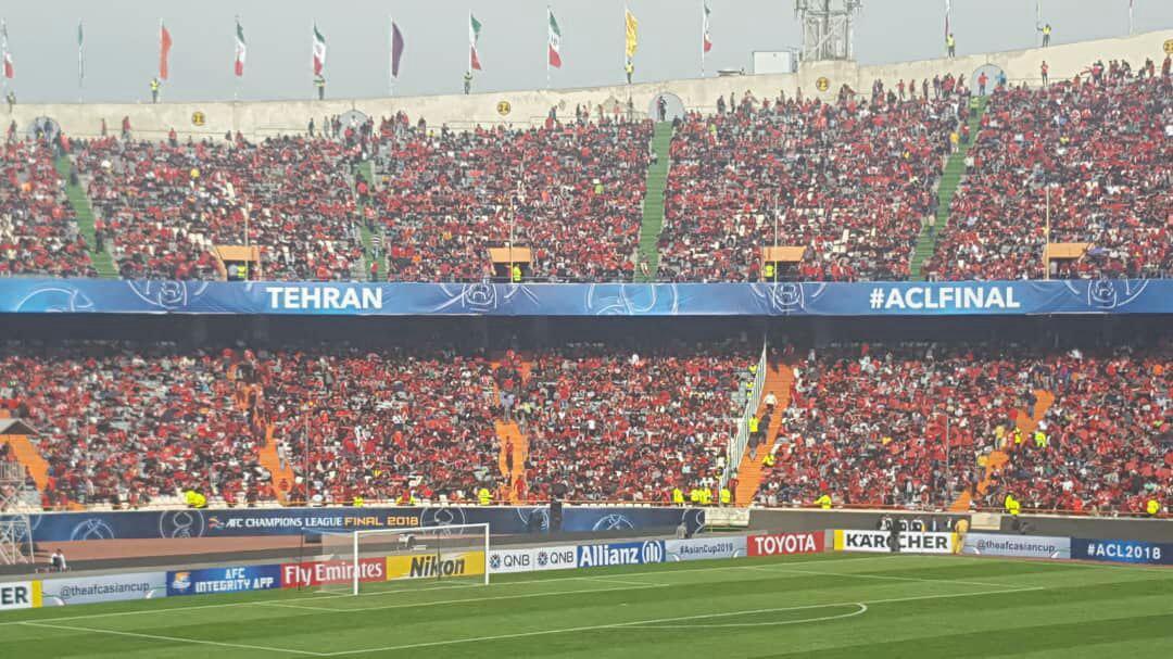 ظرفیت ورزشگاه آزادی تکمیل شد + عکس
