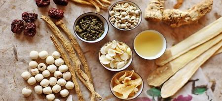 ۱۱ گیاه دارویی پایین آورنده قند خون را بشناسید