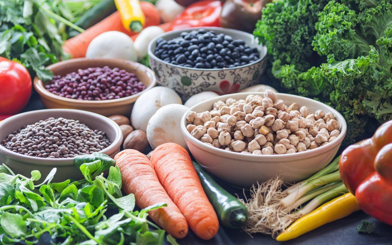 گیاهان خوراکی در خدمت تقویت استخوانها/ ۱۰ منبع گیاهی کلسیم را بشناسید