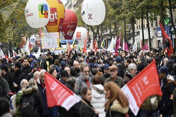 هزاران نفر در رم در اعتراض به دستور ضد مهاجرت تظاهرات کردند