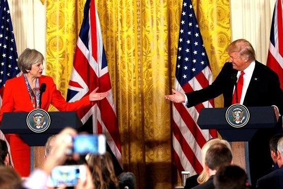 برایان ویلسون: انگلیس نباید پیرو سیاستهای آمریکا علیه ایران باشد