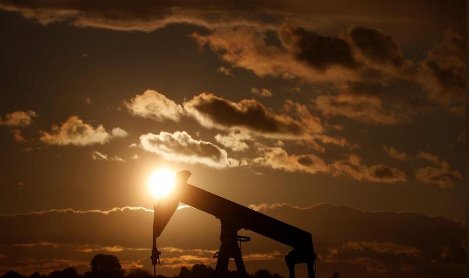 باشگاه خبرنگاران -افزایش یک درصدی بهای نفت در پی اعلام کاهش عرضه نفت عربستان در ماه دسامبر