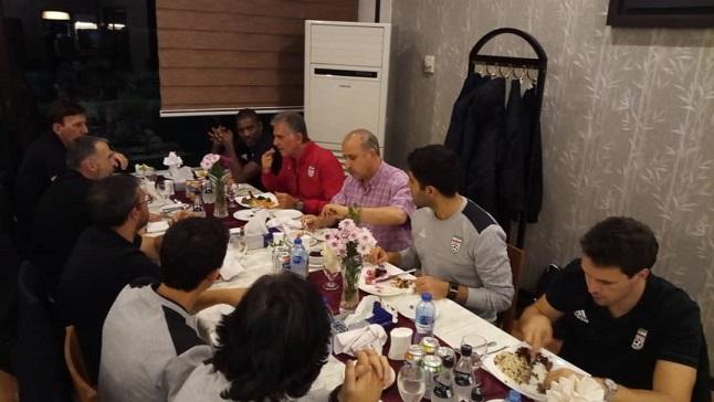 شام مشترک رئیس فدراسیون با کیروش/ ملی پوشان و تاج به هم رسیدند