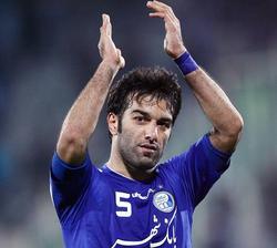 عمرانزاده از دنیای فوتبال خداحافظی کرد
