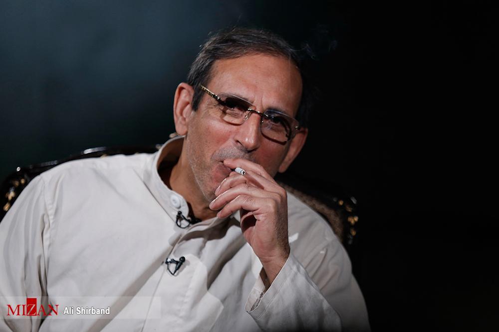 هفتصد میلیارد به هیچ عنوان حجم پول بالایی نیست/گرانترین سیگار کشور را میکشم / نمیتوانید من را گوشه رینگ ببرید!