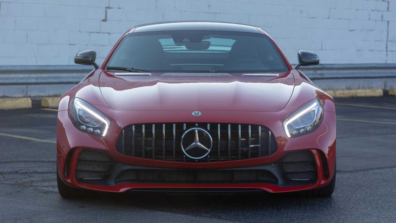 بررسی نسخه 2018 اتومبیل سوپراسپورت Mercedes-AMG GT +تصاویر