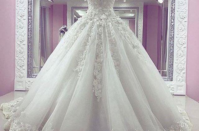زنی که لباس عروسیاش را منفجر کرد