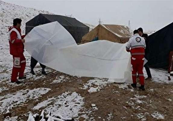 باشگاه خبرنگاران - نجات ۳۶خانوار عشایر الیگودرزی گرفتار در برف