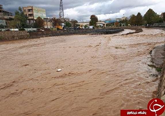 باز باران و حکایت همیشگی پلهای درون شهر ی خرم آباد+تصاویر