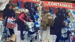 عمل غیراخلاقی زن جوان با یک پیرزن در فروشگاه! +فیلم