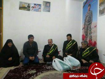 دیدار خادمین مسجد مقدس جمکران با خانوادههای شهدا + تصاویر