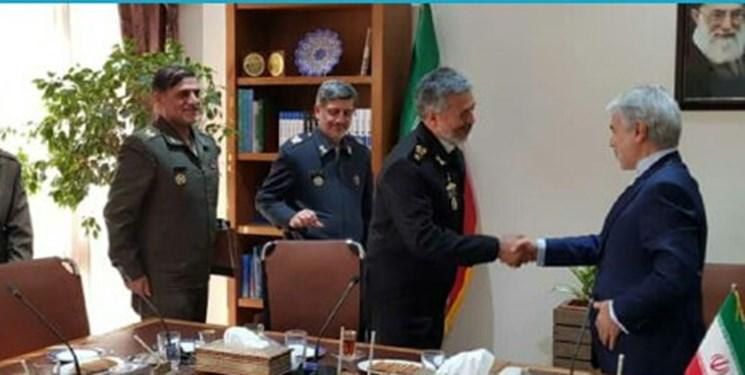 دیدار محمدباقر نوبخت و دریادار سیاری درباره بودجه ارتش