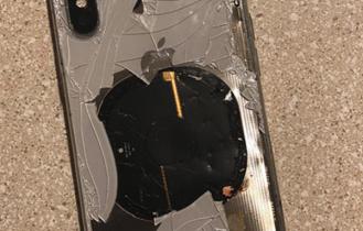 گوشی آیفون X شرکت اپل آتش گرفت! +تصاویر