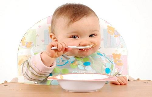 چگونه اشتهای کودک را افزایش دهیم؟/فشارخونتان را با سیب زمینی کاهش دهید/از خواص میوه کاج چه میدانید؟/علائم اولیه تخمدانهای بدقلق چیست؟