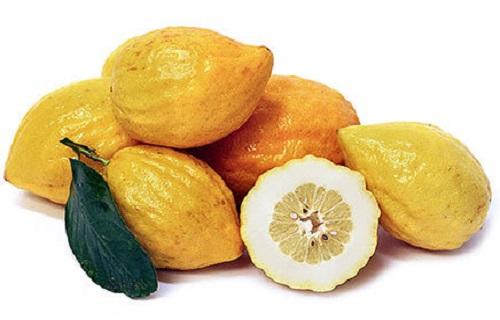 روشی ساده برای جلوگیری از ابتلا به پسوریازیس/به سرعت برق و باد دهانتان را با این میوه خوشبو کنید/راهی برای بازشدن قاعدگی/2 روش برای پاکسازی پوست چرب