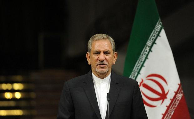 صادرات نفتکان نباید از یک میلیون بشکه کمتر شود/نفت ایران هیچ جایگزینی ندارد/ امروز بی سابقهترین ذخایر اسکناس در جمهوری اسلامی را داریم