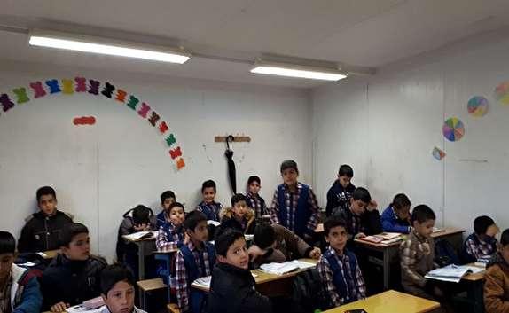 تکذیب تحصیل دانش آموزان محمودآبادی در کانکس