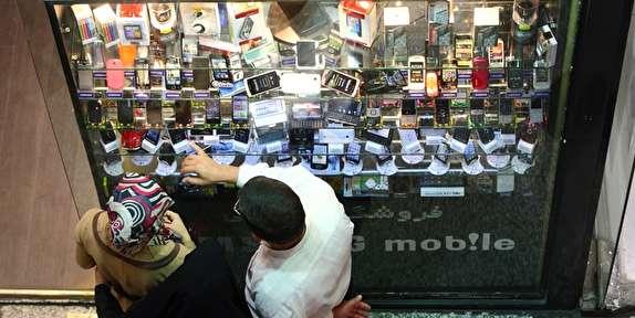هر کاربر مجاز به خرید یک گوشی/ فروش موبایلهای وارداتی با شرایط جدید آغاز شد